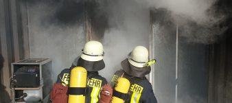 Vier neue Atemschutzgeräteträger für die Feuerwehr Schonungen